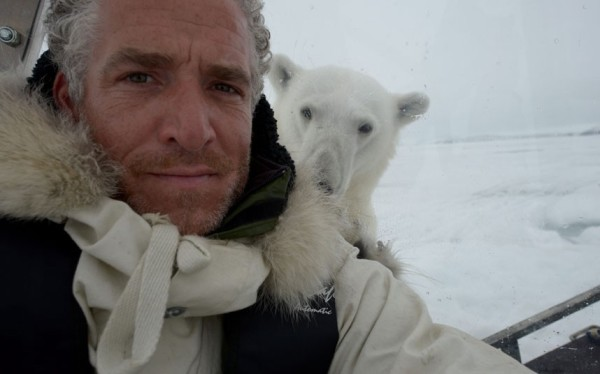 以肉身吸引北極熊的瘋狂攝影師6