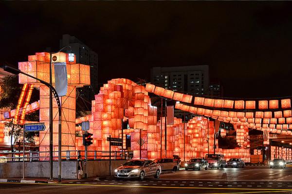 新加坡的超長蛇燈籠3