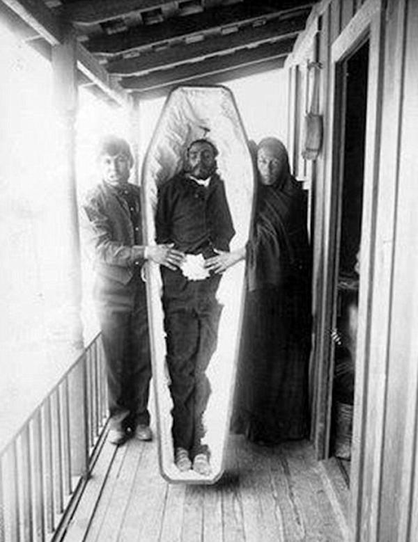 維多利亞時代的唯美屍體照5