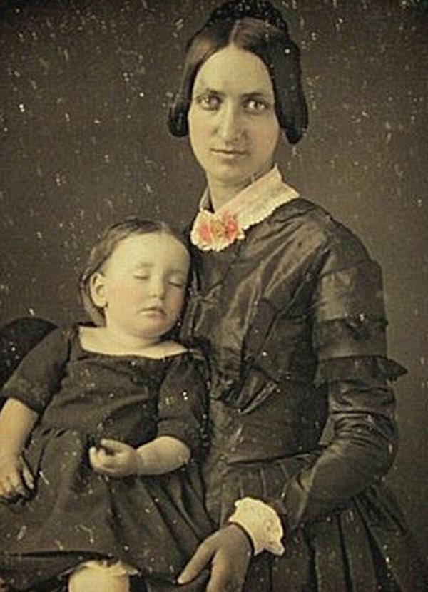 維多利亞時代的唯美屍體照7