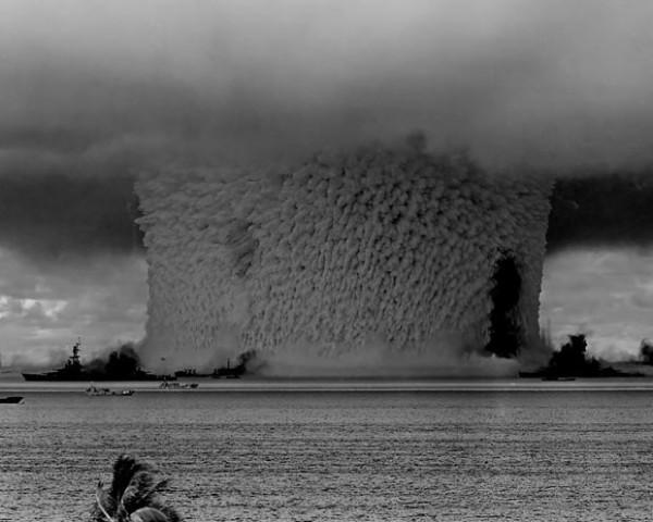 史上第一次的水底核爆2