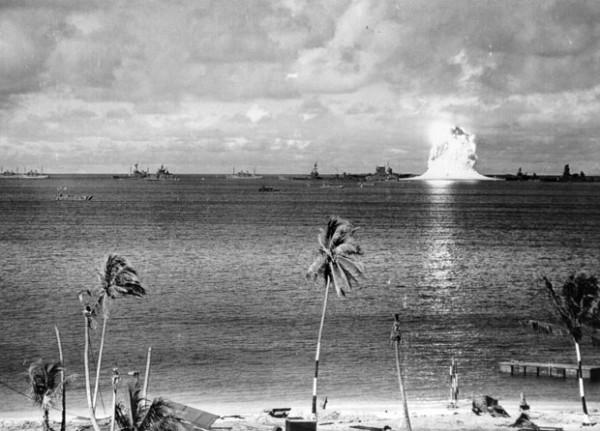 史上第一次的水底核爆3