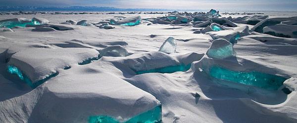 雪中寶石!冰湖的華麗奇觀