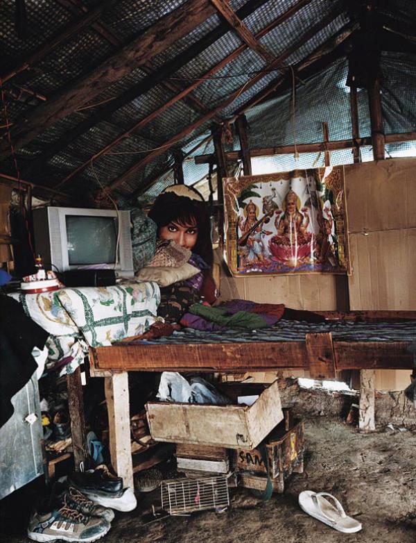 各國小孩與他們睡覺的地方32