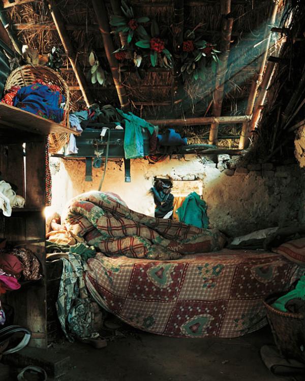 各國小孩與他們睡覺的地方4
