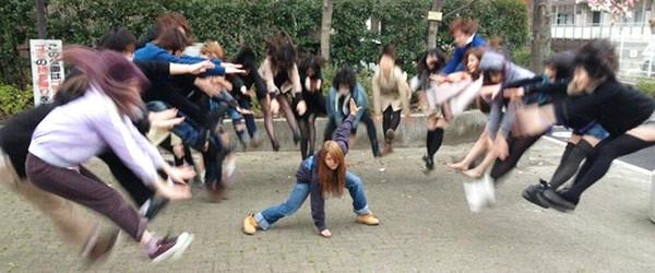 日本女學生帶頭!七龍珠氣功照引領風潮