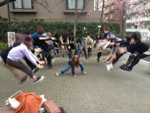 日本女學生帶頭!七龍珠氣功照引領風潮1