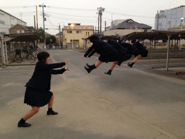 日本女學生帶頭!七龍珠氣功照引領風潮7