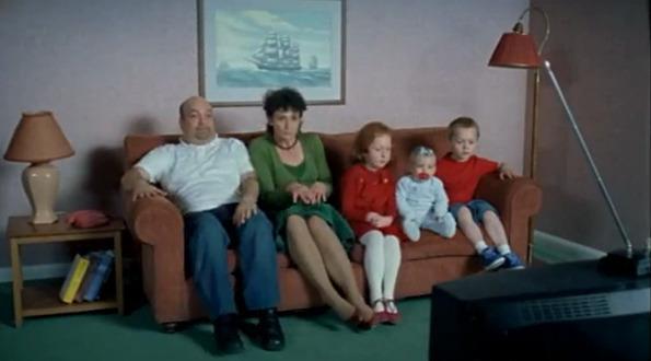 真人版辛普森家庭的片頭7