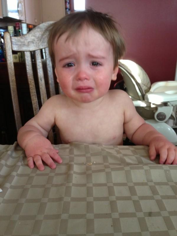 老爸用照片記錄兒子哭哭的荒唐原因14