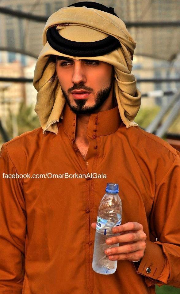 他被沙烏地阿拉伯逐出境,原因是太性感2