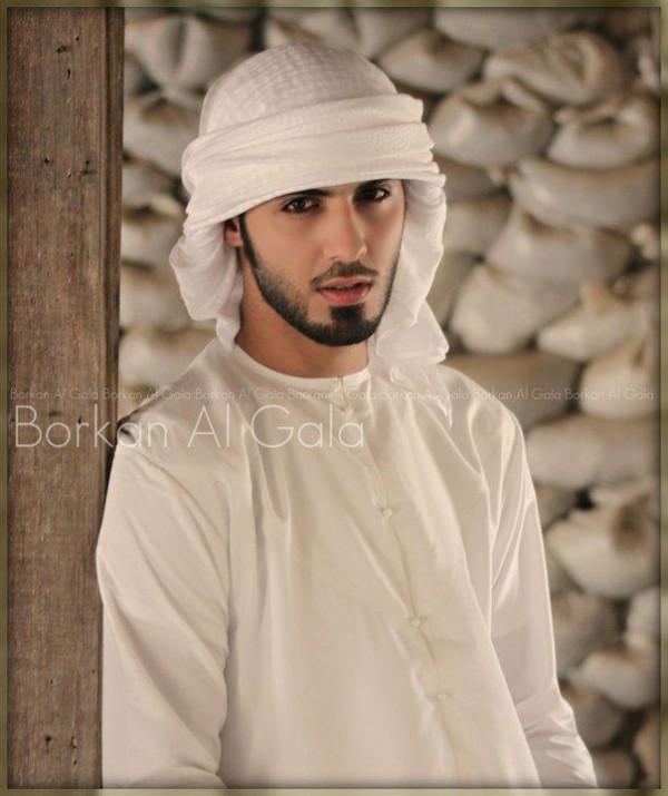 他被沙烏地阿拉伯逐出境,原因是太性感7