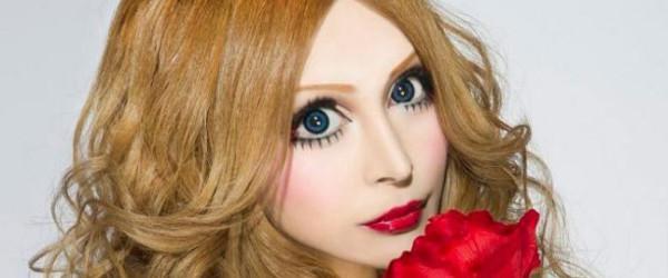 瘋了?花了三百萬整成洋娃娃的日本女人