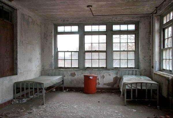 讓你雞皮疙瘩掉滿地的廢棄精神病院17