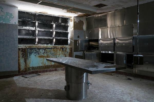 讓你雞皮疙瘩掉滿地的廢棄精神病院9
