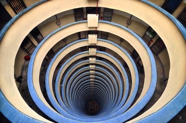 香港摩天大樓間的一線天8