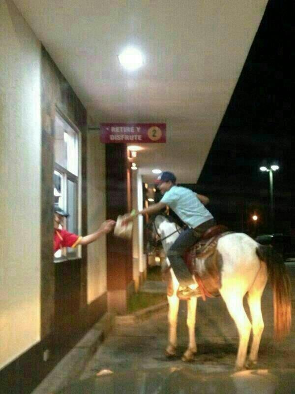 麥當勞是個奇怪的地方15