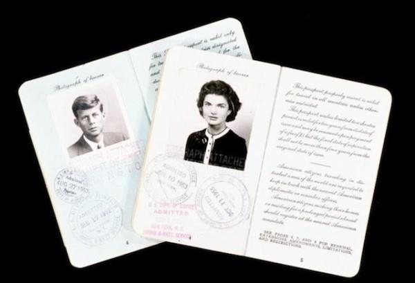 你認識這些護照的主人4