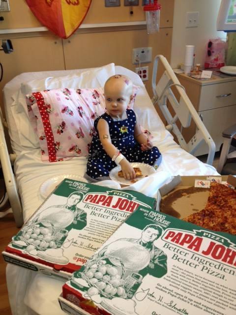 溫馨!癌童媽媽窗上貼送比薩,於是....5