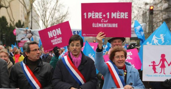 Gay到不行的法國反同性戀人士7