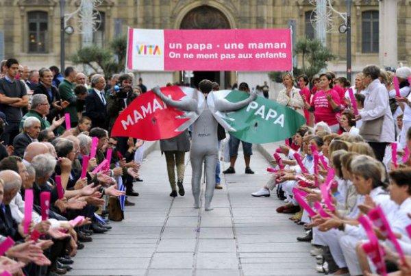 Gay到不行的法國反同性戀人士8