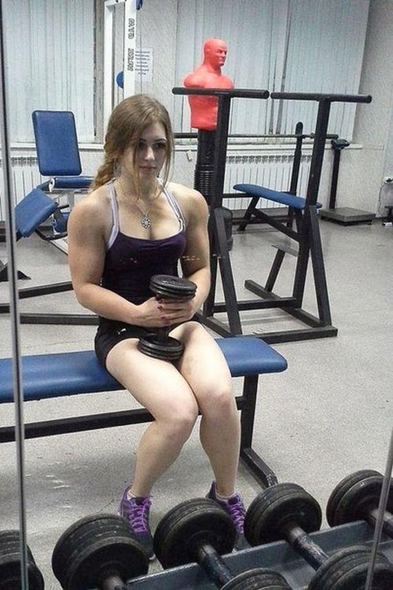 俄國17歲正妹的壯碩身材6
