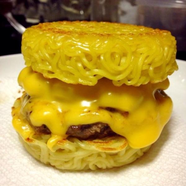 拉麵漢堡可以順利攻下米漢堡嗎?3