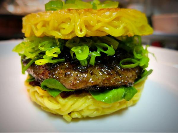 拉麵漢堡可以順利攻下米漢堡嗎?4