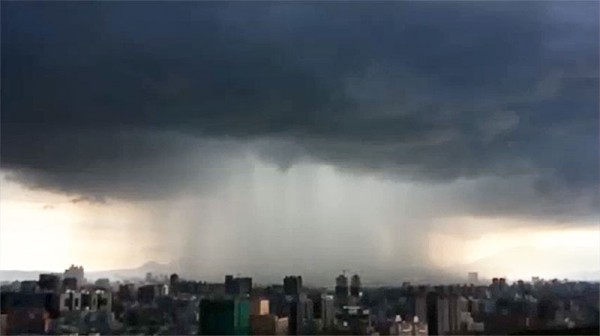 被雨困住的台北城2