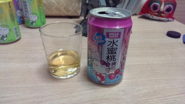 來罐貨真價實的Hello Kitty啤酒吧!4