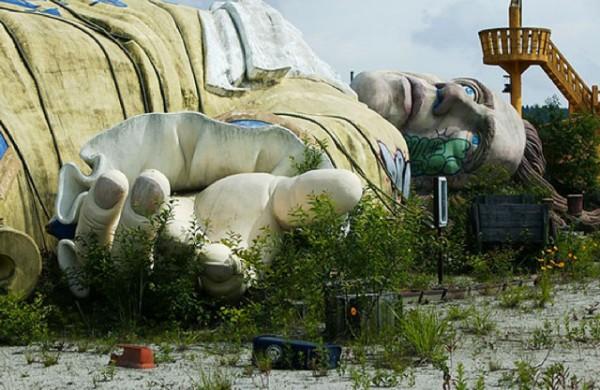 廢棄遊樂園與它們廢棄的回憶16