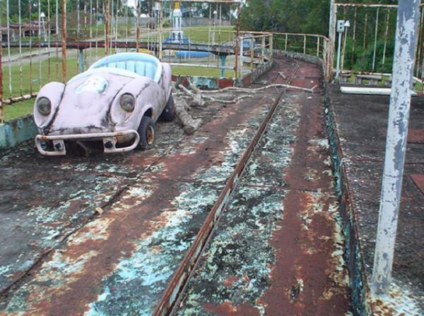 廢棄遊樂園與它們廢棄的回憶18