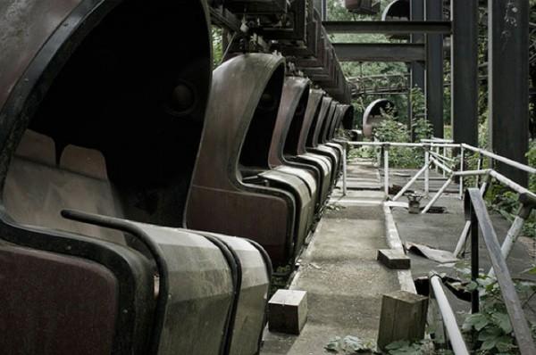 廢棄遊樂園與它們廢棄的回憶23