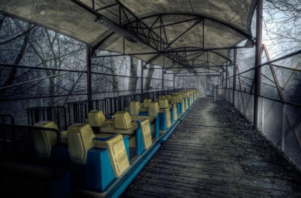 廢棄遊樂園與它們廢棄的回憶9