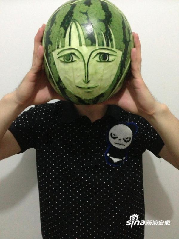 海賊王迷用西瓜雕刻魯夫、娜美等角色2