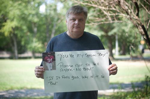 被強暴的男生寫下強暴犯說過的骯髒話6