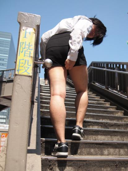 了解女生最簡單的方法是...穿上女性內褲?7