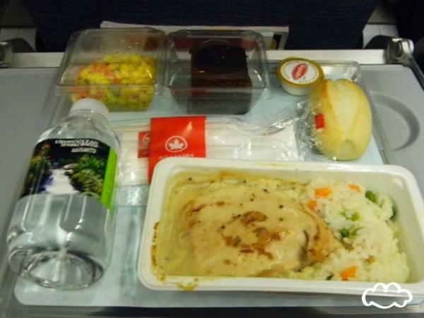 各國飛機餐點PK!2