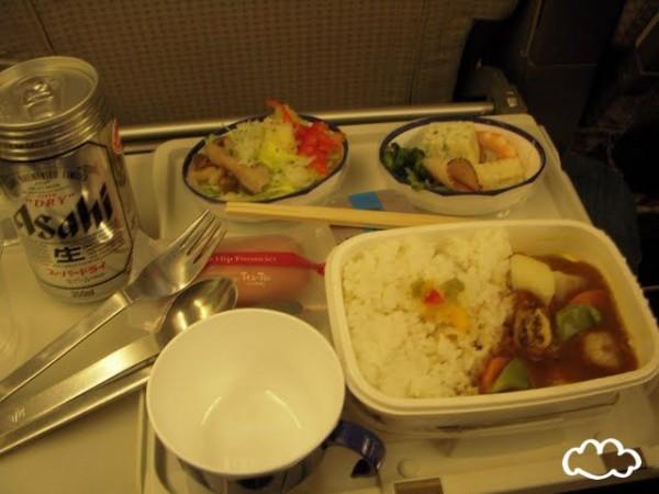 各國飛機餐點PK!6