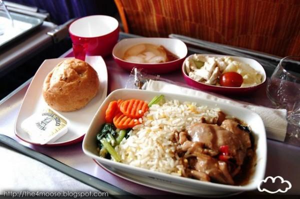 各國飛機餐點PK!8