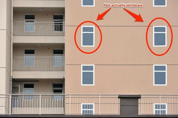這哪招?中國建商的大樓窗戶用畫的7