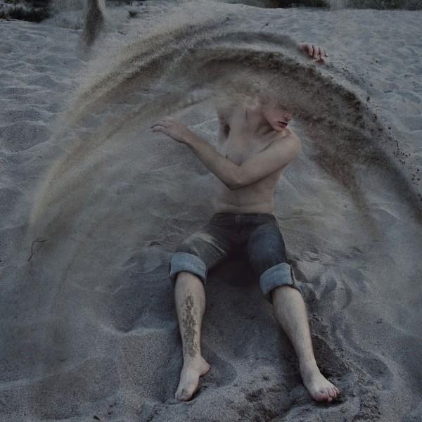 21歲夢幻少年的超現實攝影作品6