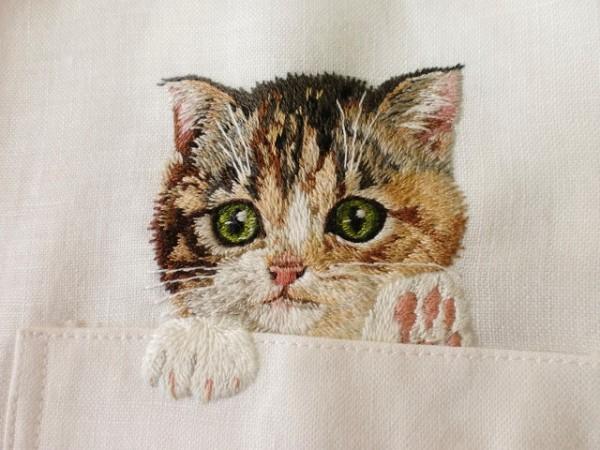 母愛限定!日本媽媽應兒子要求織了口袋裝貓咪的襯衫8