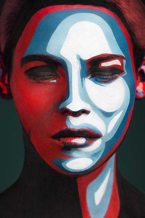 超強化妝術!把人類的臉變成2D平面7