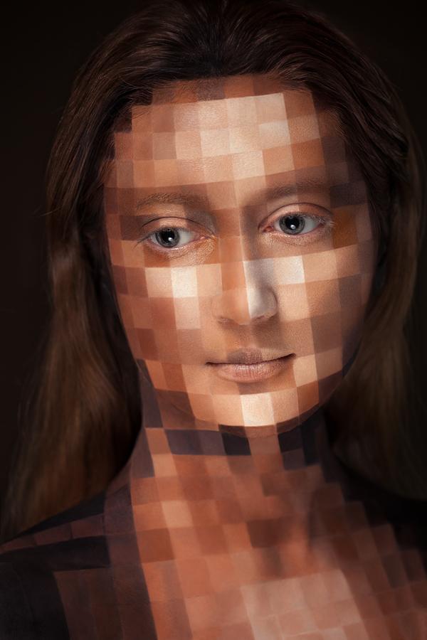 超強化妝術!把人類的臉變成2D平面9