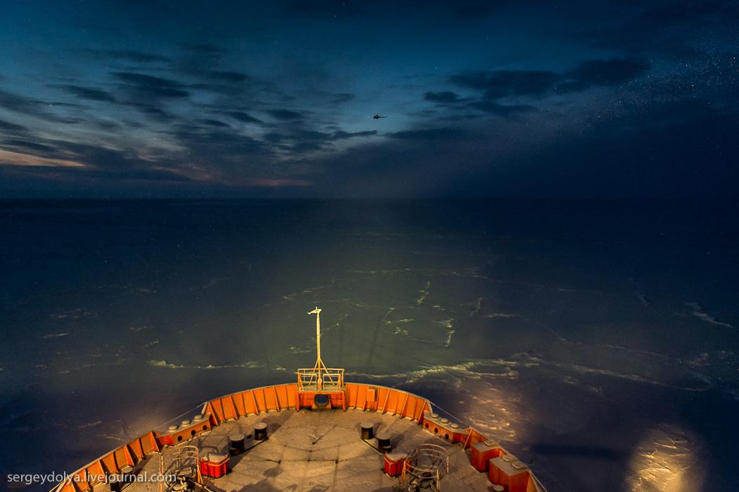 距離目標只剩∞!北極夜晚的破冰船2