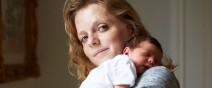 媽媽和新生一天大寶寶合照,只有感動