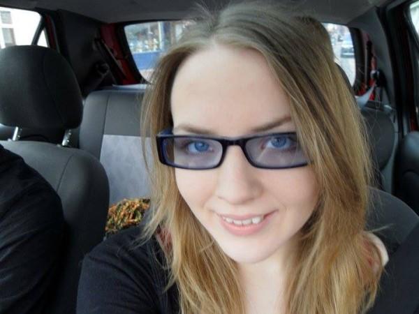 小孩戴眼鏡怕醜,臉書上萬人一起安慰他!12