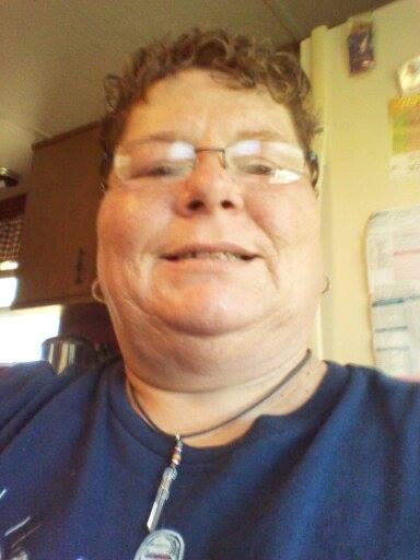 小孩戴眼鏡怕醜,臉書上萬人一起安慰他!7