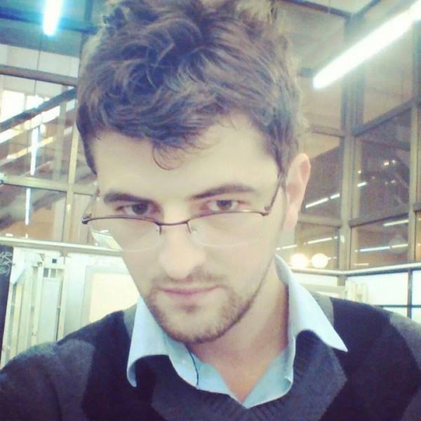 小孩戴眼鏡怕醜,臉書上萬人一起安慰他!8